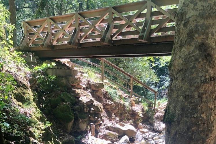Bridge over Granuja Falls