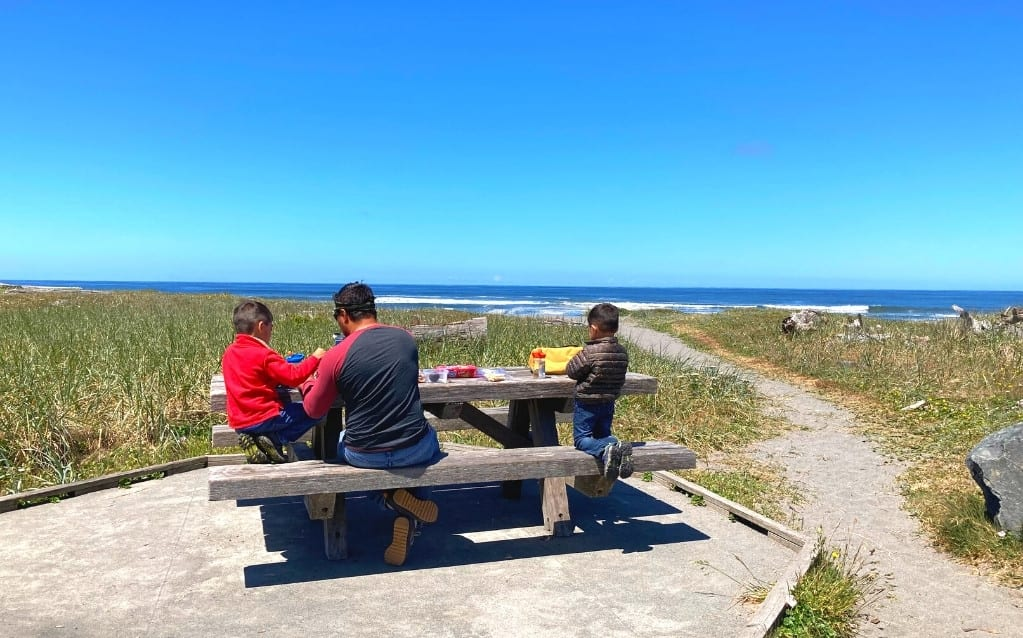 Picnic Spot looking over the Pacific next to the Thomas Kuchel Visitor Center